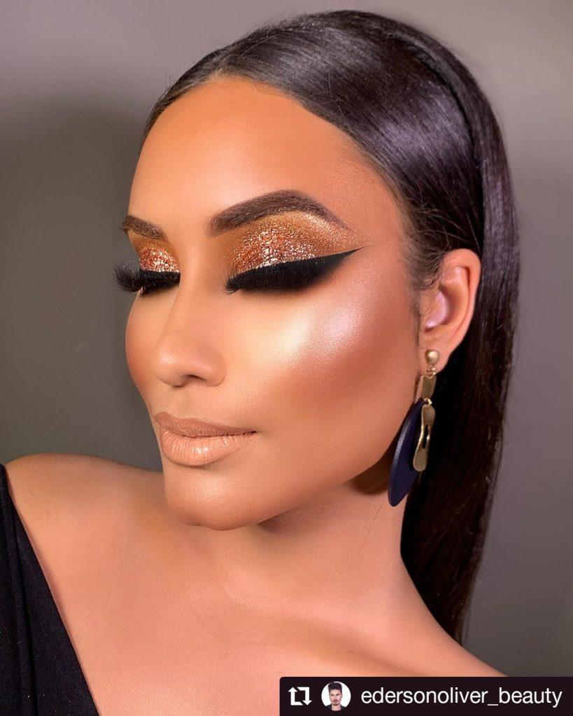 Golden Glitter With Black Eyeliner