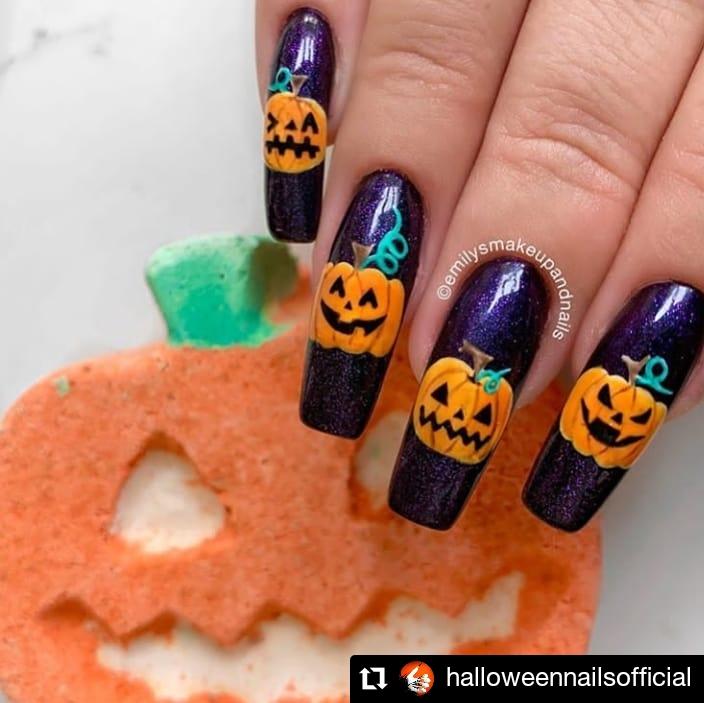 Pumpkins In Mood Halloween Nail Look
