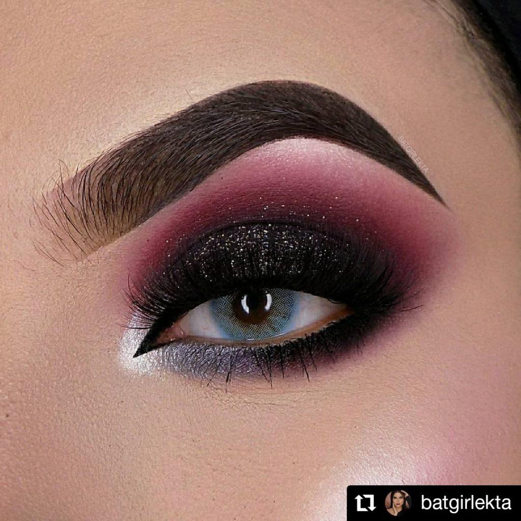 Black and Burgundy Christmas Eye Makeup